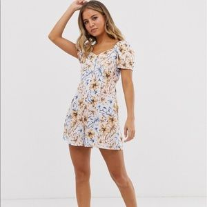 NWT - New Look floral romper